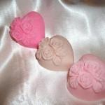 Καρδούλες σαπουνιού με απολαυστικά αρώματα. Πρωτότυπες ιδέες για την ημέρα της βάπτισης ή των γενεθλίων του μωρού σας.
